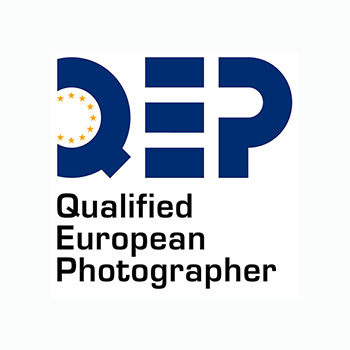 QUALIFIED EUROPEAN PHOTOGRAPHER